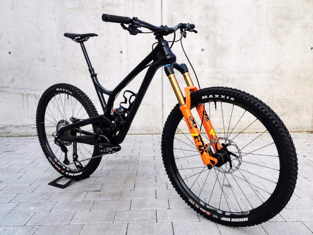 Evi Offering Testbike XT size large