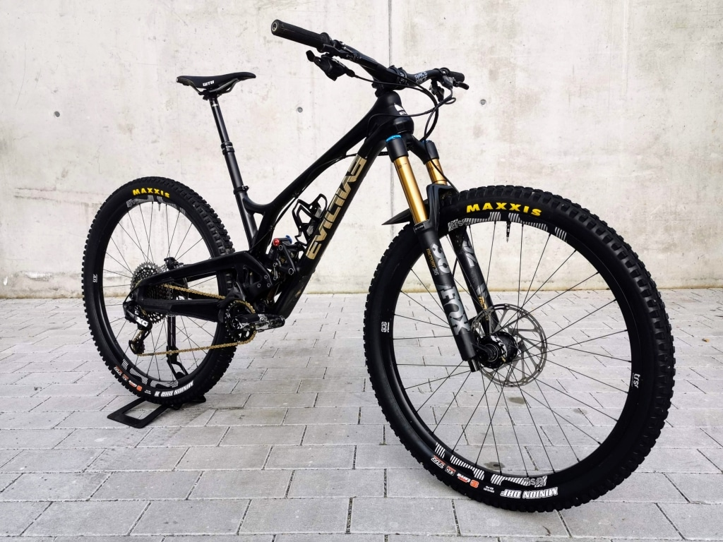 Evil Offering Testbike X01 size small