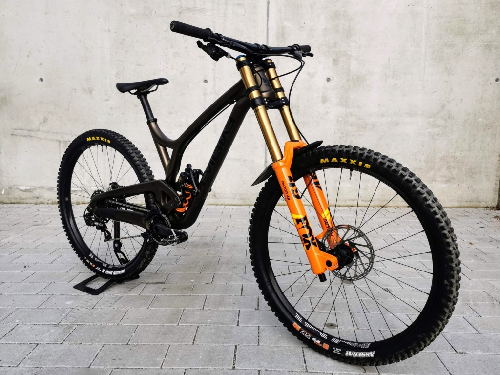 Evil Wreckoning LB Downhill Testbike X01 DH size large