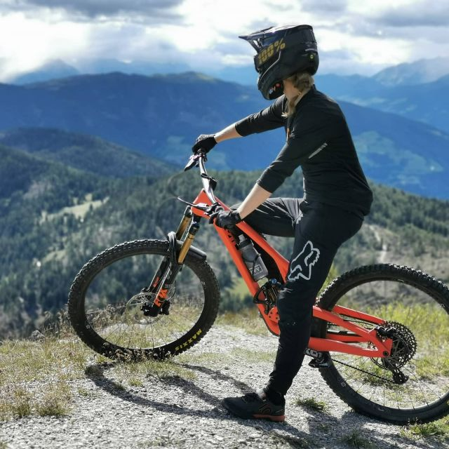 The EVIL WRECKONING - Looking back to some awesome riding with our do it all big bike. Go secure your next season's adventure companion today and start making big plans for 2021  - - - #bleedblackdieevil @evilbicycles  #enduromtb #enduro #bigbike #freeride #adventure #alps #travel #downhillmtb #downhill #shredmachine #dreambike