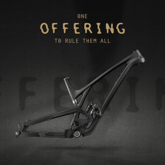 YES! The new EVIL Offering is out and man does that beauty look sexy! First deliveries will start within the next days but quantities are limited so secure your frame or complete bike now! We'll also have demobikes available soon. Check our website for more info on specs and pricing.  - - - @evilbicycles #new #offering #29 #oneofferingtorulethemall #bleedblackdieevil #newbikeday #dreambike #enduromtb #allmountainbike #bikeporn